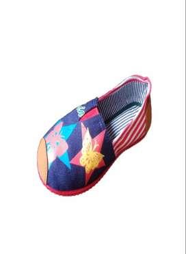 zapatillas suela roja con mariposas con envio gratuito