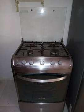 Se vende estufa Haceb