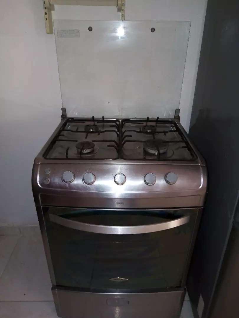 Se vende estufa Haceb 0