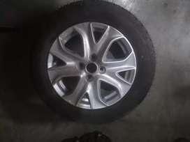 Vendo rueda armada ecoesport titanium sin rodar