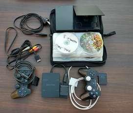 PlayStation 2 Slim. Su consulta no molesta!