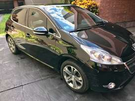 Vendo/permuto por menor valor Peugeot 208 impecable! Papeles al día listo para transferir!!