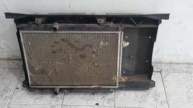 Radiador Y Condensador de Fiesta Kinetic