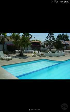 Salinas, Sevilla 1 Conj Resid, alquilo linda villa amoblada y remodel, 4 dormit, piscina y c. de tenis, diario 100 dol.