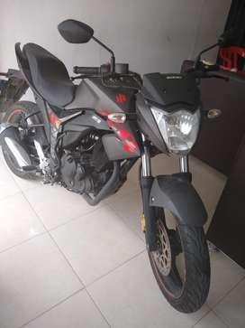 Moto sizuki gixxer 150