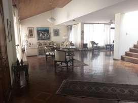 Venta de  Amplia Casa Sector Quito Tenis 4 Dorm. Mas Una Suite, norte de quito