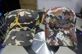 gorras de marcas nike y adidas