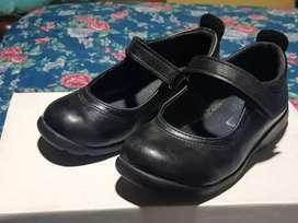 Zapato escolar impecables num 30/31