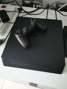 PS4 (500GB) Slim de 2da+1 control+1 juego básico