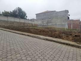Terreno esquinero San Miguel de Bolívar Barrio Santo Cristo