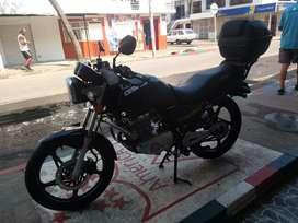 Vendo Moto Suzuki GS125 modelo 2015
