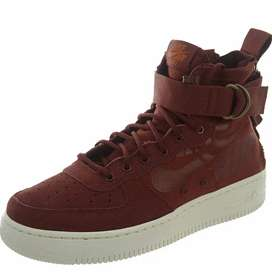 Zapatillas Nike SF AF1 MID talla 5