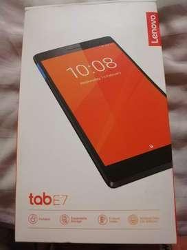 Tablet Lenovo tab E7 NUEVA