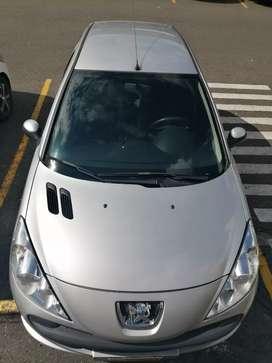 Peugeot 206. Gran precio. Poco. Kilometraje