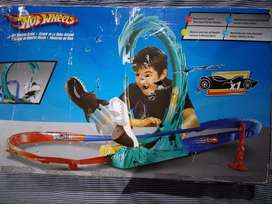 PISTA DE LA BALLENA ASESINA.  HOT WHEELS