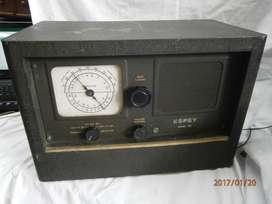 RADIO MARCA ESPEY MODEL 581 METÁLICO PESADO FUNCIONAL