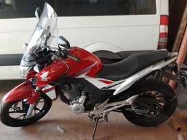 Honda Twister CB 250 - 2018 - 5.300 km particular