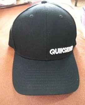 Gorra quicksilver negra