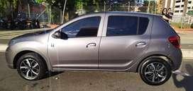 ¡A la venta! Renault Sandero, AUTOMÁTICO, color gris 6100 kms. Versión limitada 50 años.Frenos ABS, AIRBAG