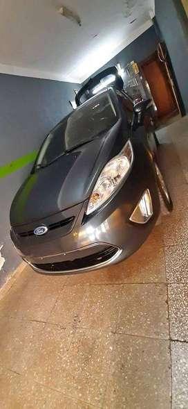 Vendo Ford Fiesta Kinetic