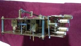 vendo cambio maquina de reloj HAMILTON  TRES CUERDAS .5 MARTILLOS