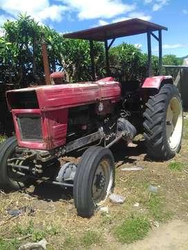 Vendo tractor antiguo