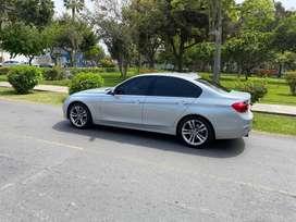 BMW 3018i 2018