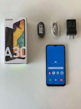 Vendo Samsung a30 completo con sus accesorios