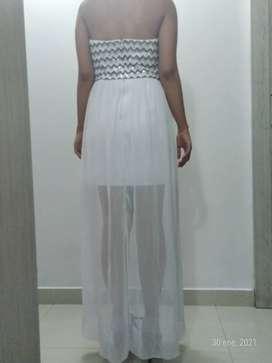 Vestido Blanco strapless cola