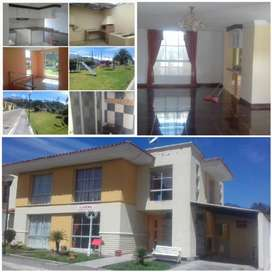 DE OPORTUNIDAD!!! Se vende hermosa casa Conjunto Jardines de Otavalo via a Quiroga a 5 min del centro de Otavalo
