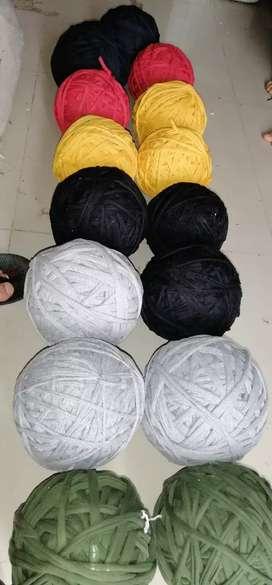 Se vende trapillo y licra para manualidades por kilo a 3.500