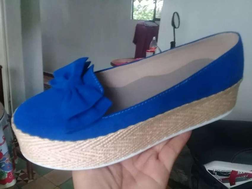 Zapatos lindos y comodos 0