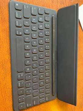 Ipad pro 10.5 de 256 gb. Sin uso  con teclado keyboard original apple
