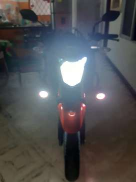 Venta de moto Honda CB160F DLX