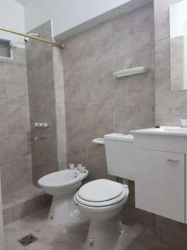 Monoambiente pequeño, para 1 sola persona. PB Entrada Indpdte. Patio lavadero c/instal. P/lavarropas y pileta de lavar.