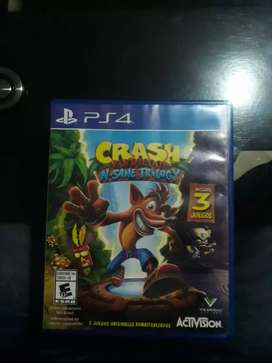 Se vende video juego ps4 crash bandicoot