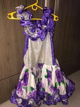 Vestido traje de llaneridad para niña