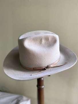 Sombrero de Lana extrafina ala 9.5 Marca Barbisio
