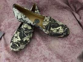 Zapatos marca Naturalizer Nuevos