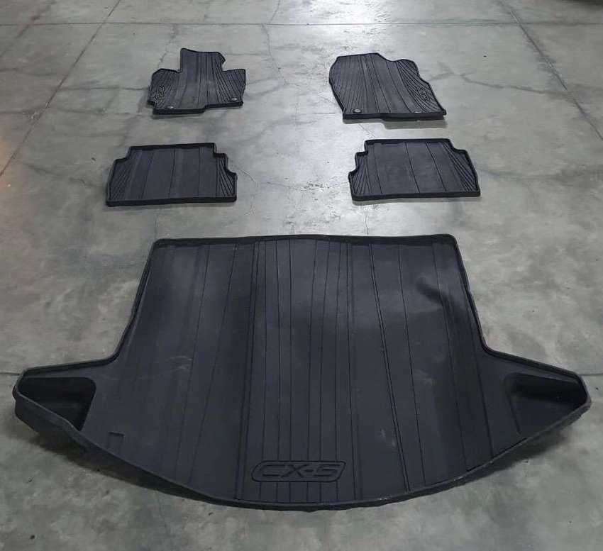 Tapetes Mazda CX5 (5 piezas)