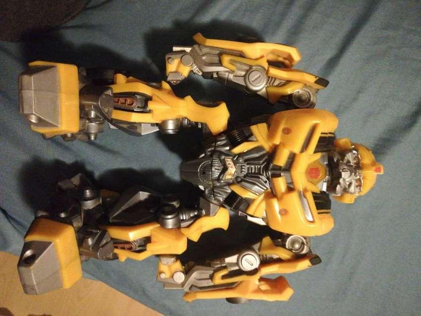 Juguete original de bumblebee transformers