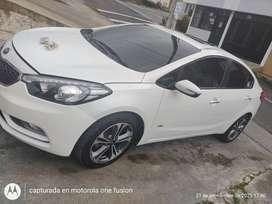 KIA Cerato Summa modeló 2014