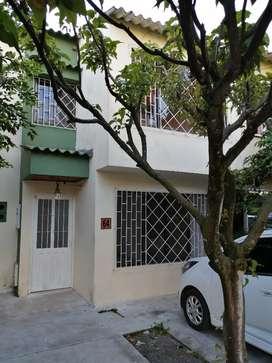 Arriendo casa conjunto villa Esperanza