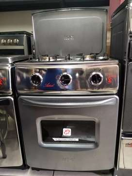 Mini cocina 2 hornillas y horno a gas marca Fadicc semi industrial