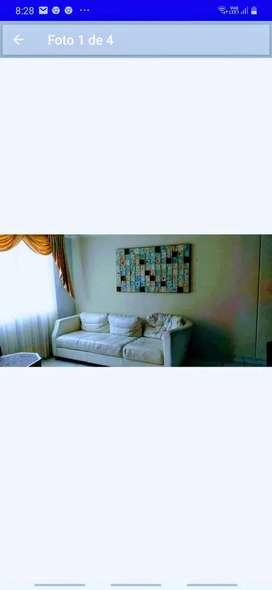 Sofa de cuero.