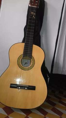 Guitarra clásica marca Zebra