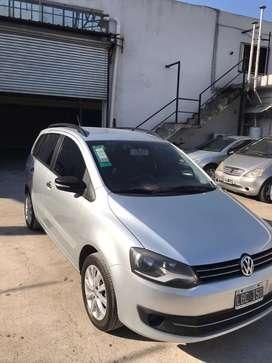 Vendo permuto VW Suran 2012