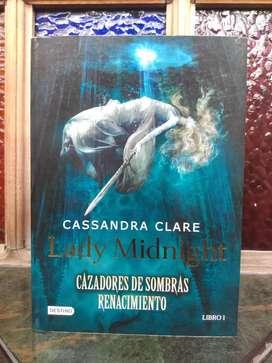 Lady Midnight Cazadores de Sombras Renacimiento