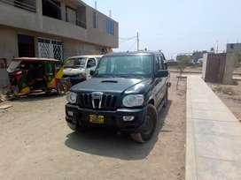 Vendo camioneta pickup Mahindra