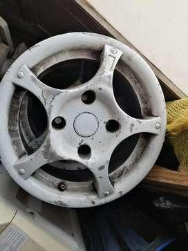 Fines de lujos 114 spark. Mazda